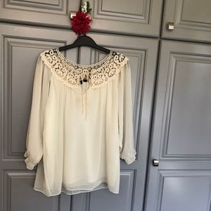C. luce lined lacy trim top